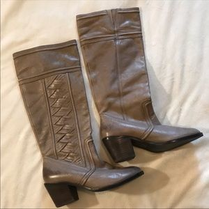 {Fossil} Tall leather boots stacked heel size 8